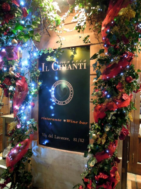 Il Chianti decorated at Christmas time (photo courtesy of Il Chianti).